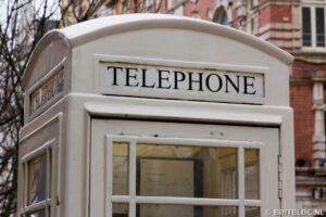 Witte telefoonbox in Hull
