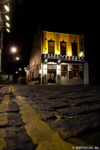 Lion and Key is één van de bekendere pubs in Hull