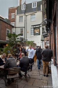 Ye Olde White Harte, Pubs in Hull
